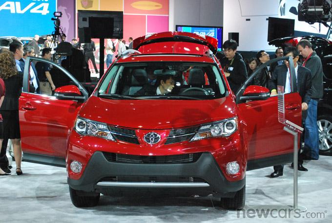 2013 Toyota RAV4 Front